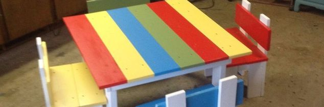 q children s play table 4 chairs, painted furniture