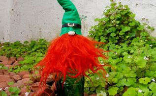 leprechaun bottle topper s for st patrick s day, seasonal holiday decor, valentines day ideas