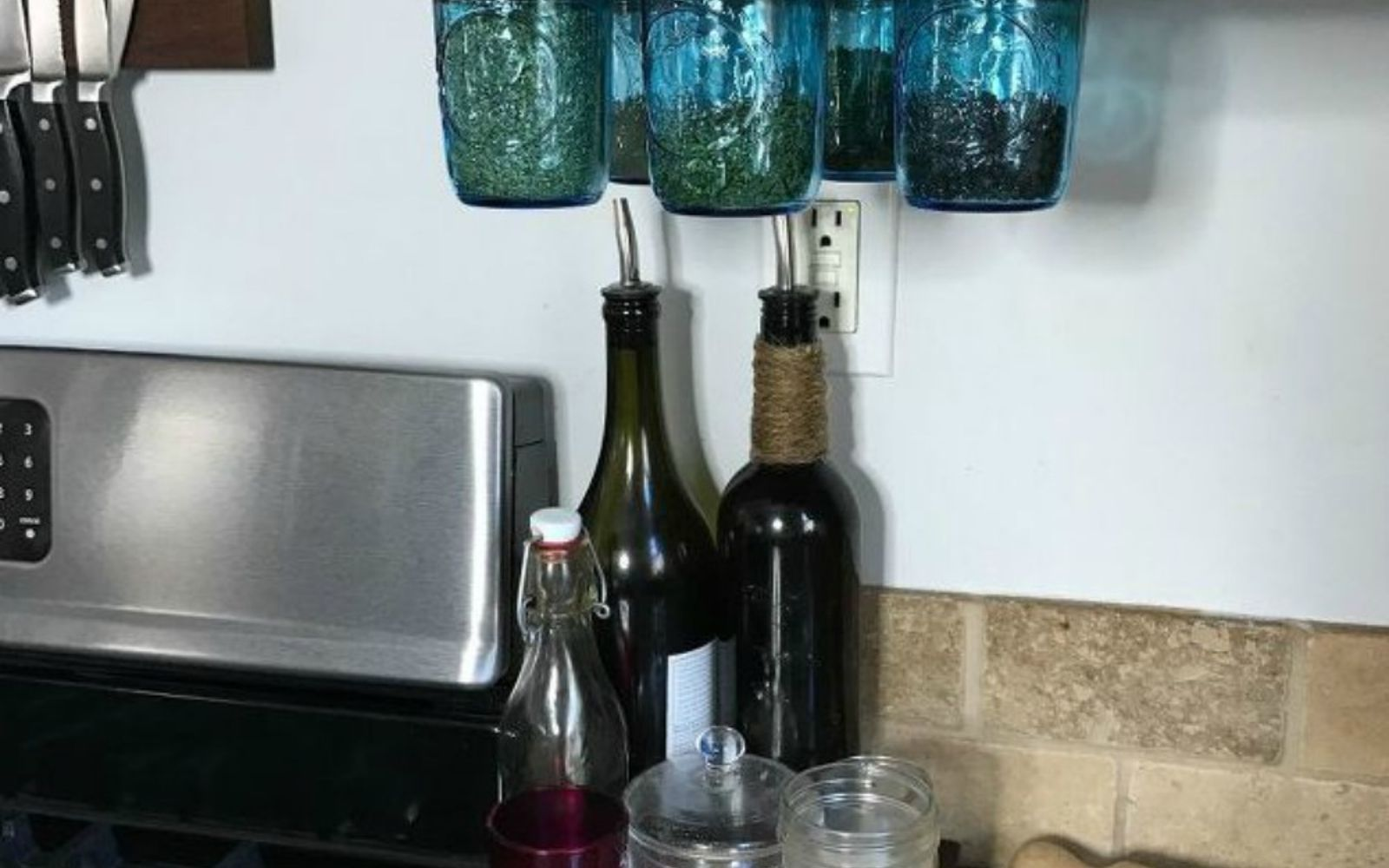 s get rid of kitchen countertop clutter with 13 clever mason jar ideas, countertops, kitchen design, mason jars, organizing, Pluck your dry spices from the cabinets
