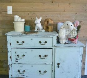 Easy Tricks to Give Your Furniture That Gorgeous Distressed