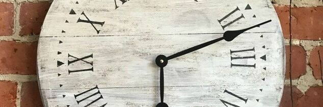 r fusion mineral paint is giving away a diy farmhouse clock kit