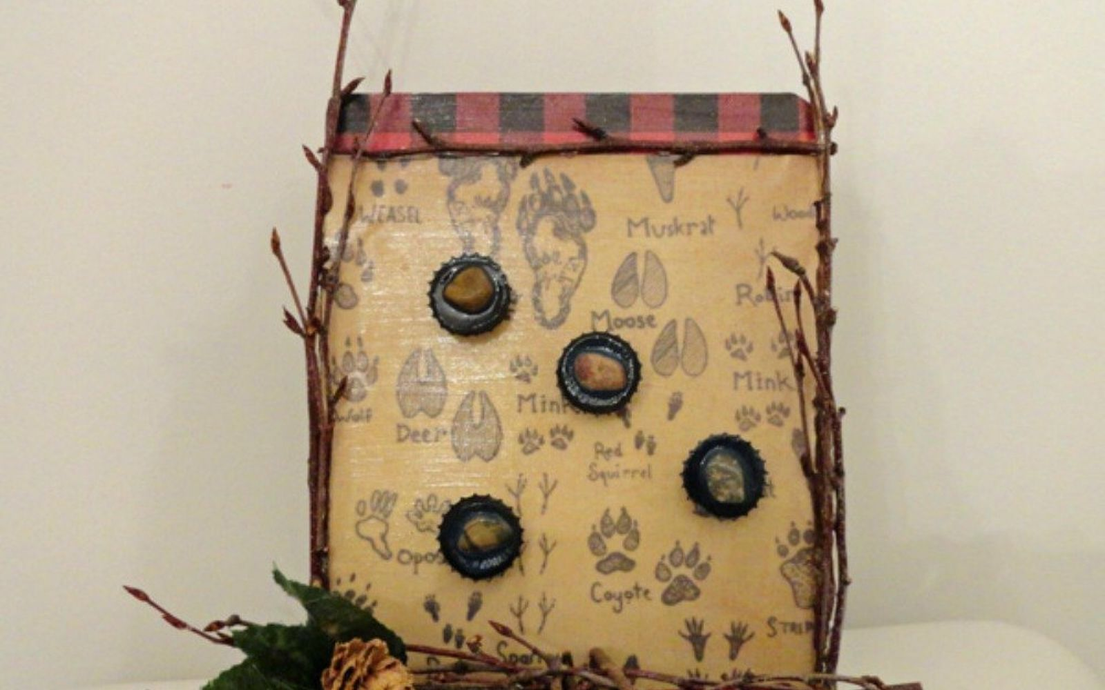s save your bottle caps for these x crazy cool ideas, A rustic looking magnet board