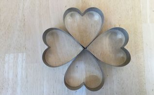 cookie cutters to shamrock