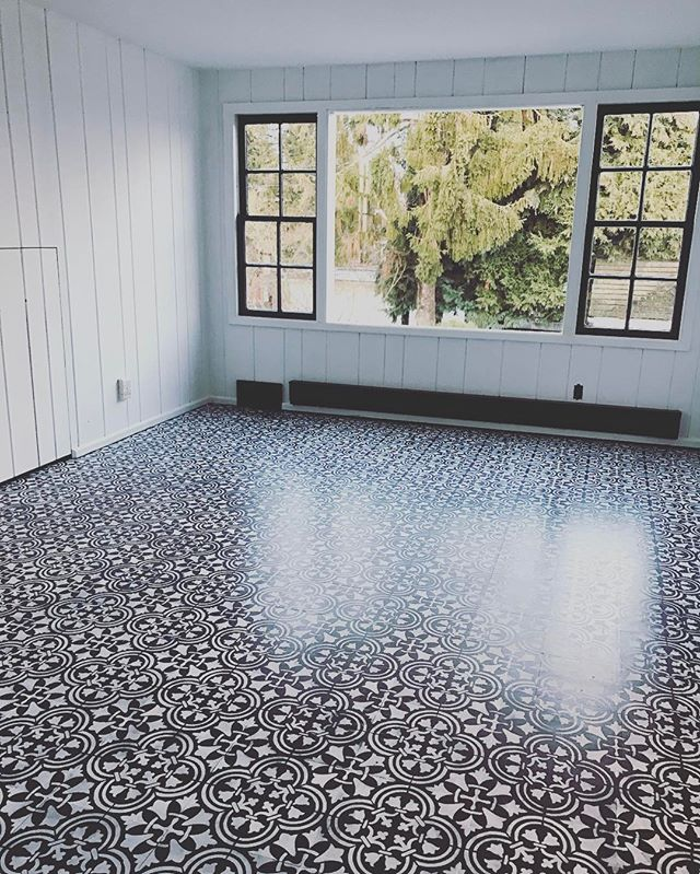 Floor Tile Paint Yes You Can Paint Floor Tiles Here S: How To DIY A Tile Floor For Less Than $100 Using Stencils