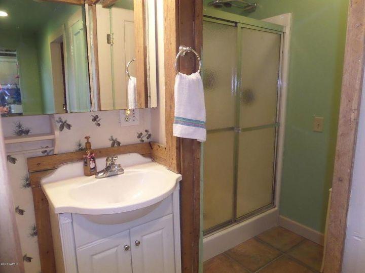 Guest bathroom makeover on a budget hometalk for Guest bathroom makeover