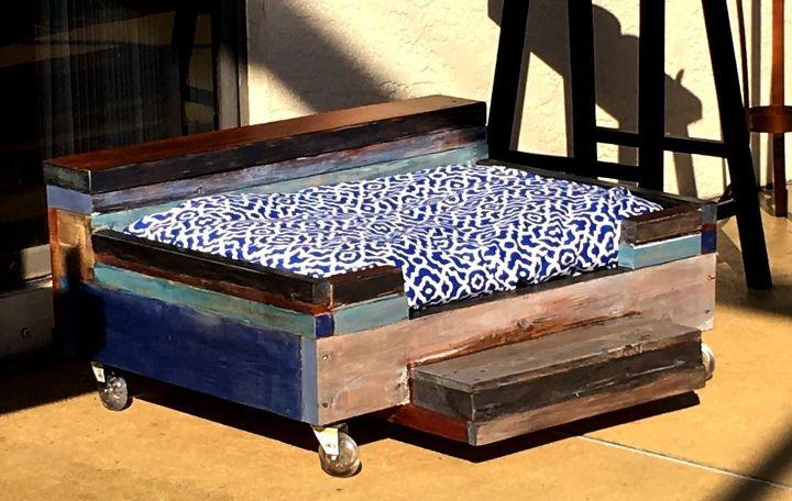 Dog Bed Pallets And Scrap Wood Hometalk