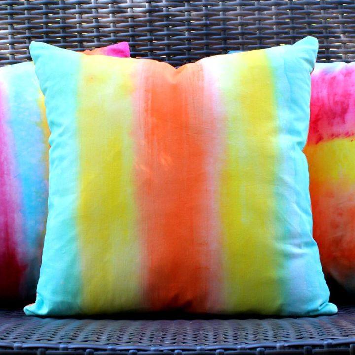 Painted Not Dyed Summer Pillows Hometalk