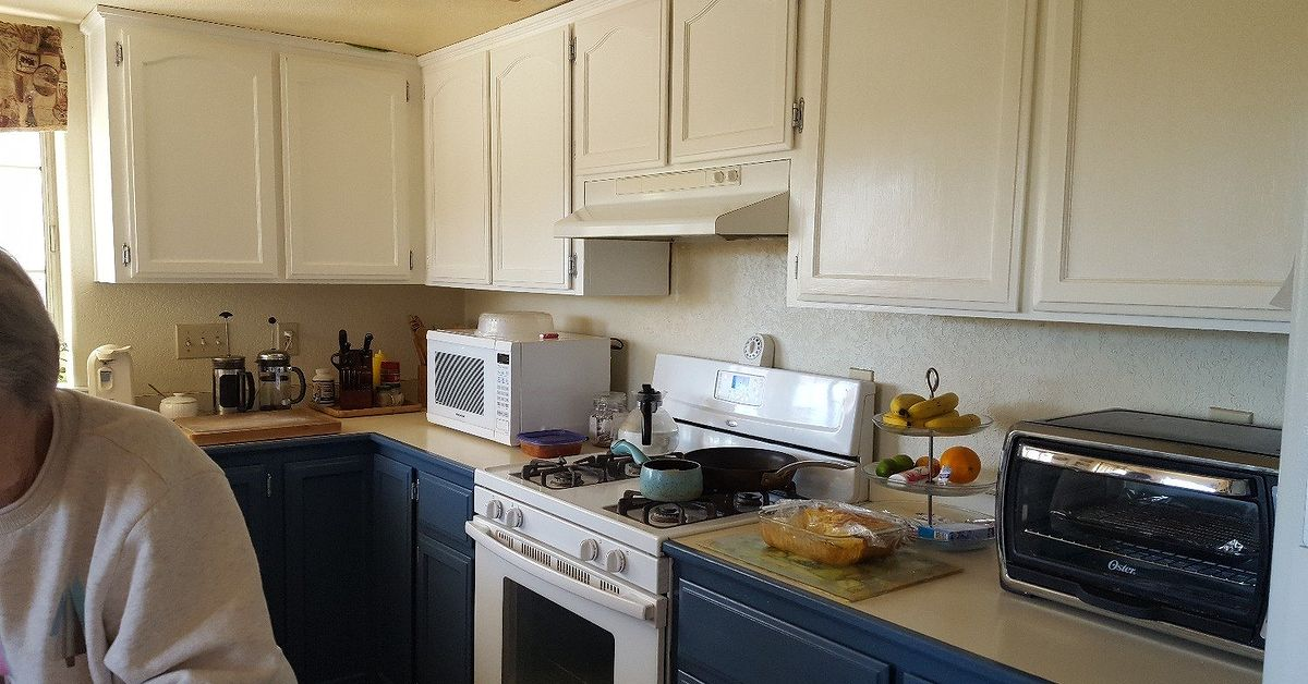 How can i get a crackle look on my newly painted kitchen for Can i paint my kitchen cabinets