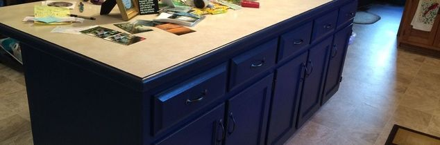 q can anyone tell me why the round trim on my counter keeps chipping