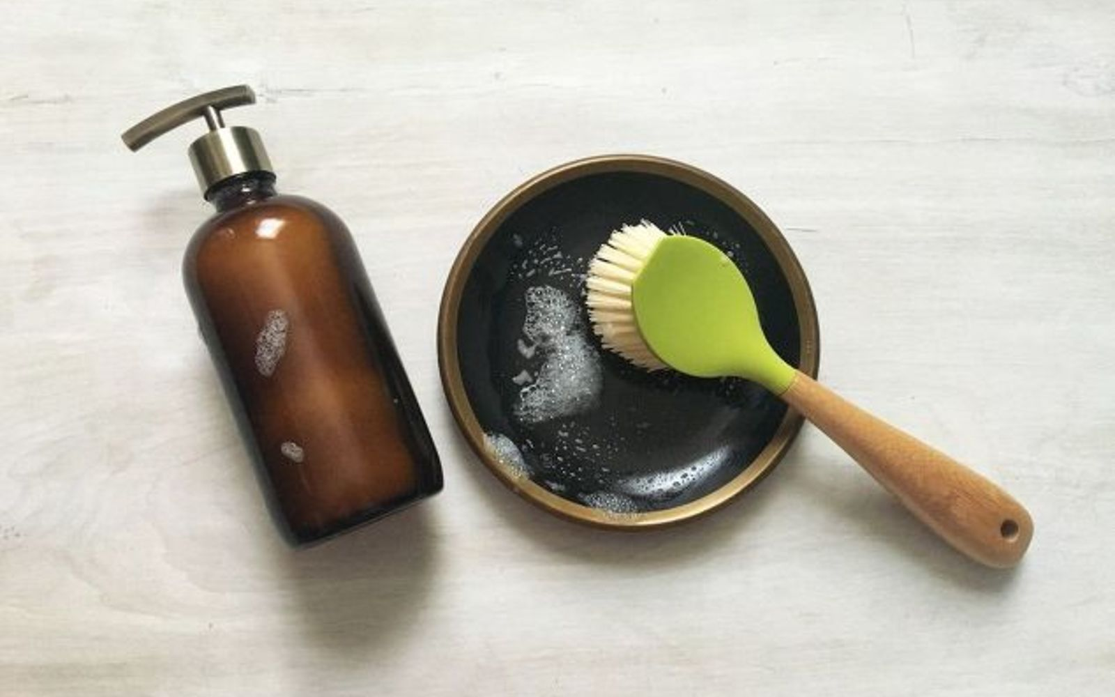 s 11 cleaners from baking soda to make your home sparkling clean, Craft An Essential Oil Dish Soap