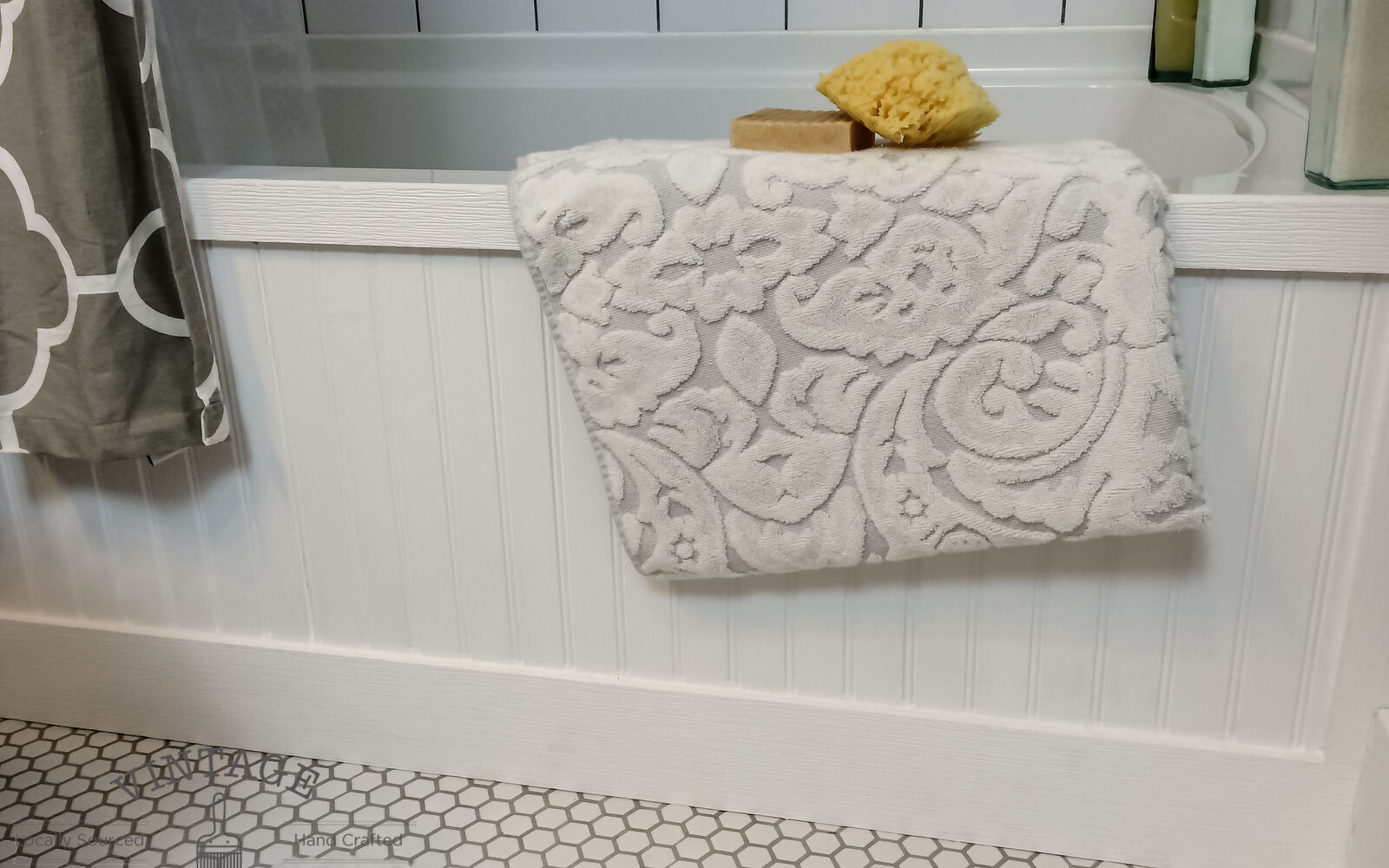s 11 easy ways to refresh your old bathtub, Build A Custom Frame