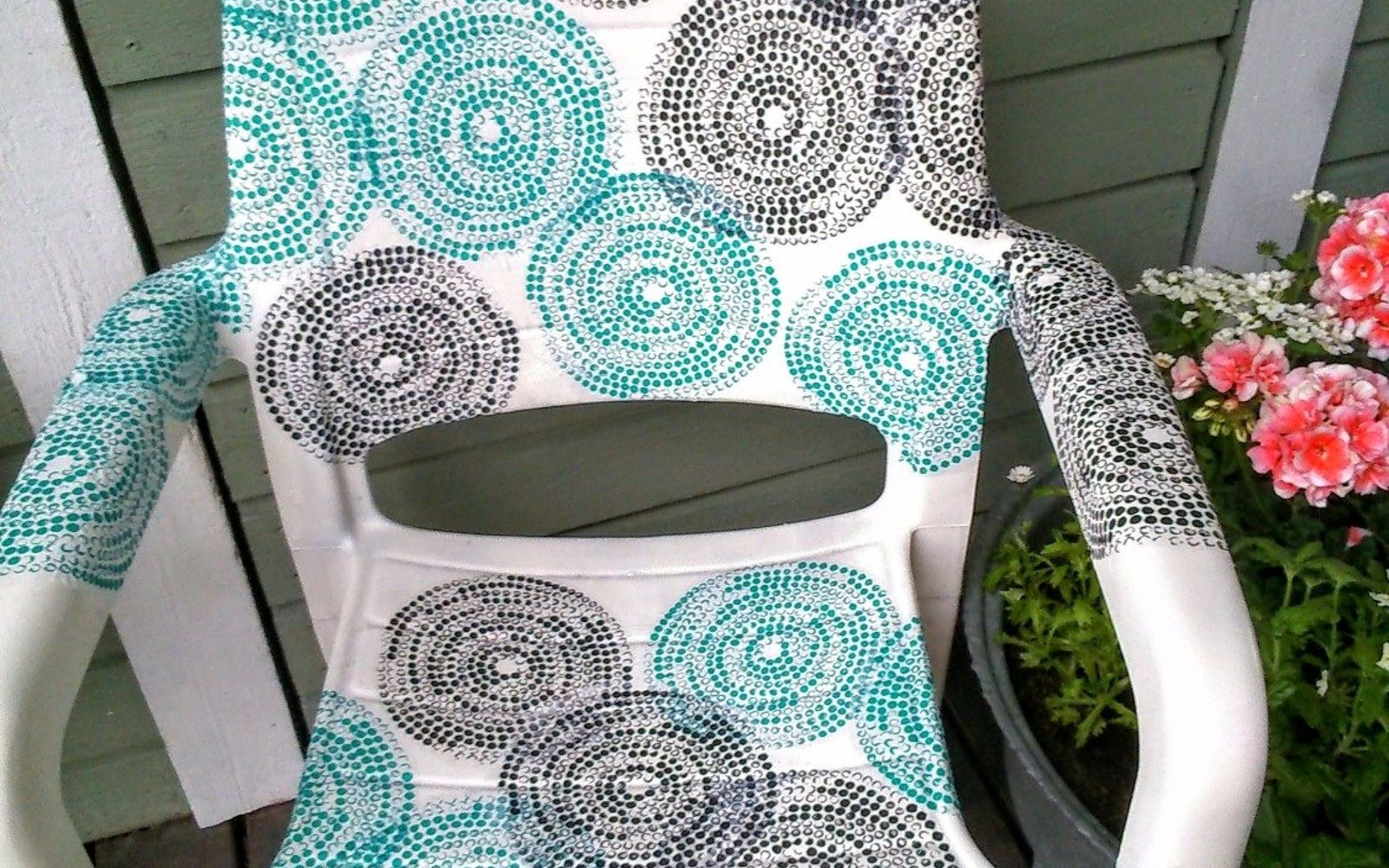 s 12 pool chair ideas we never would have thought of, Coat The Chair In Pretty Napkins