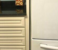 q yellowed white cabinets