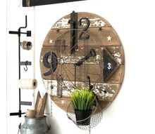 how to make a free farmhouse clock from scrap wood