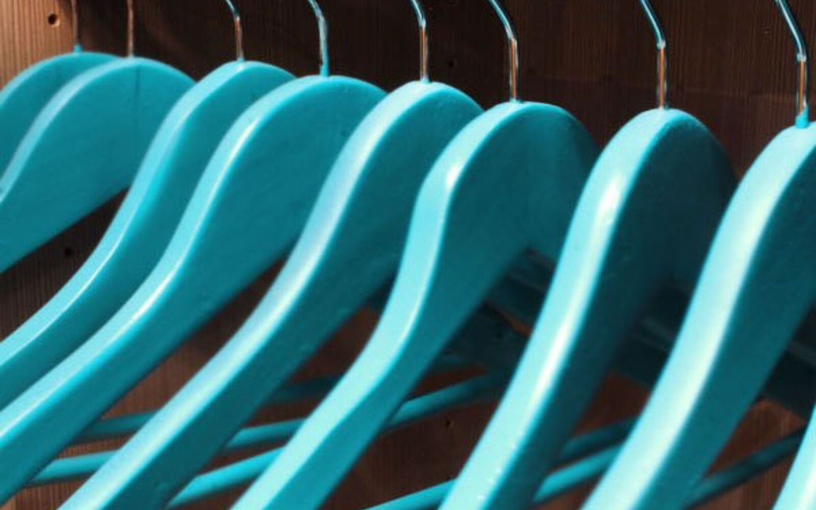 s post, Decorate Your Hangers With A Bright Color