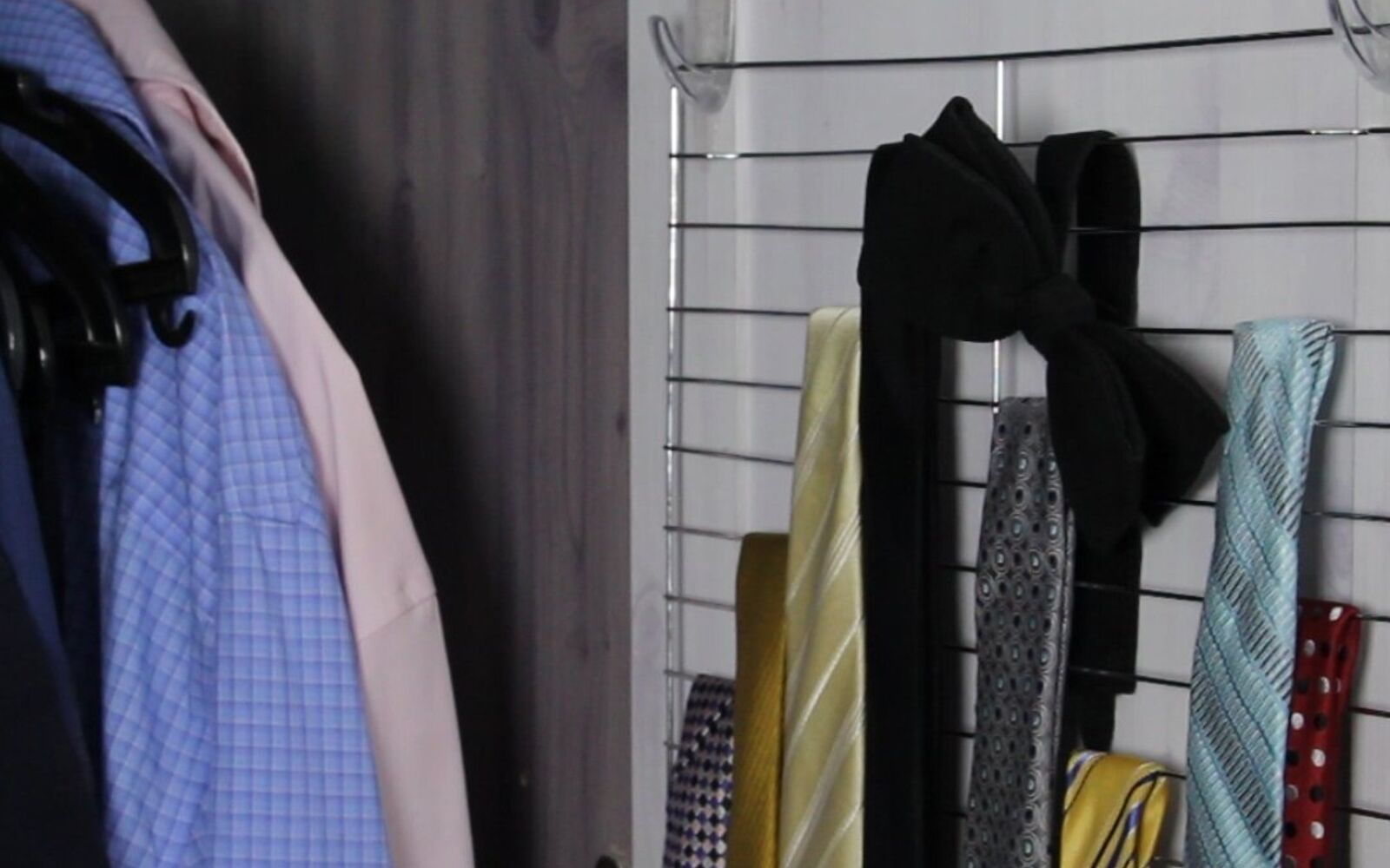 s 30 fun ways to keep your home organized, Hang Up Your Ties With A Cooling Rack