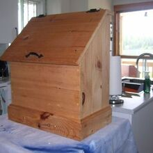 revamp a wood box, In its virgin state