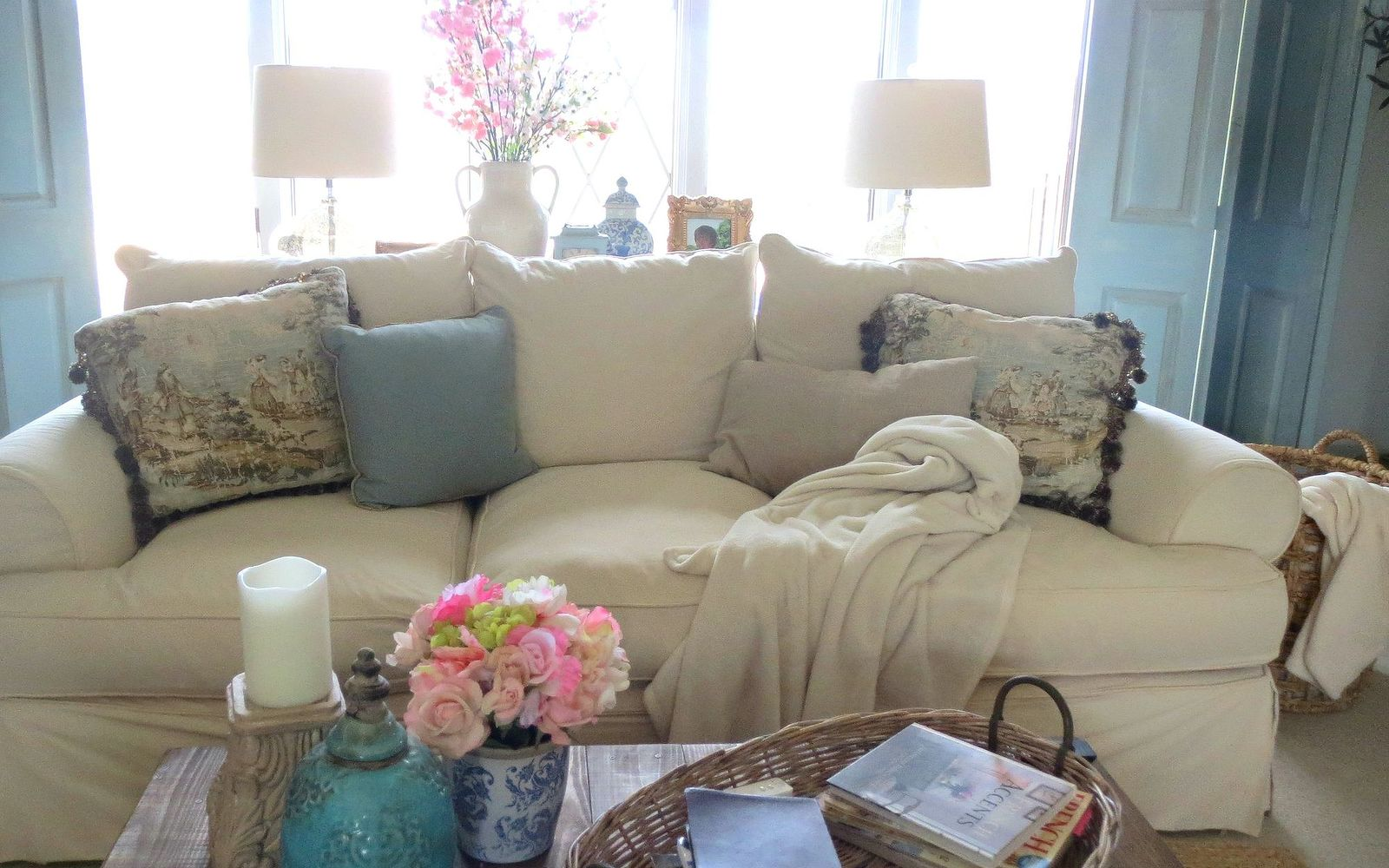 s hide your couch s wear and tear with these great ideas, Making your own slip covers