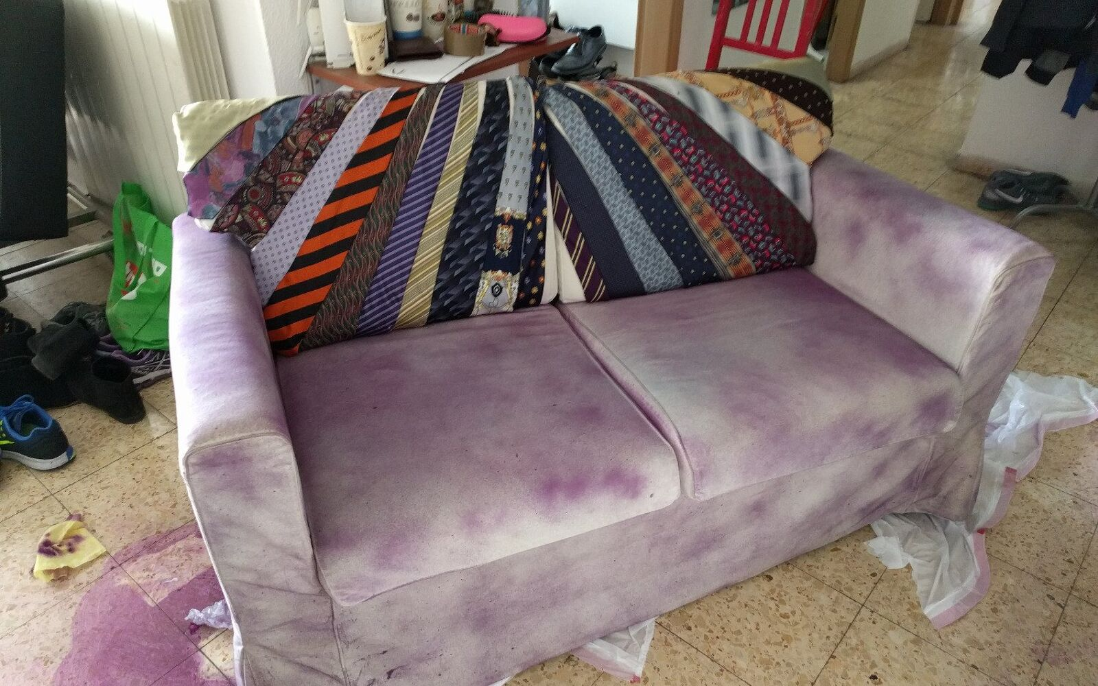 s hide your couch s wear and tear with these great ideas, Make a funky peacock couch