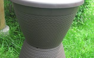 make an easy outdoor side table