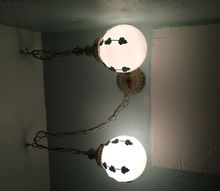 q how to salvage or loose a 1974 bathroom light