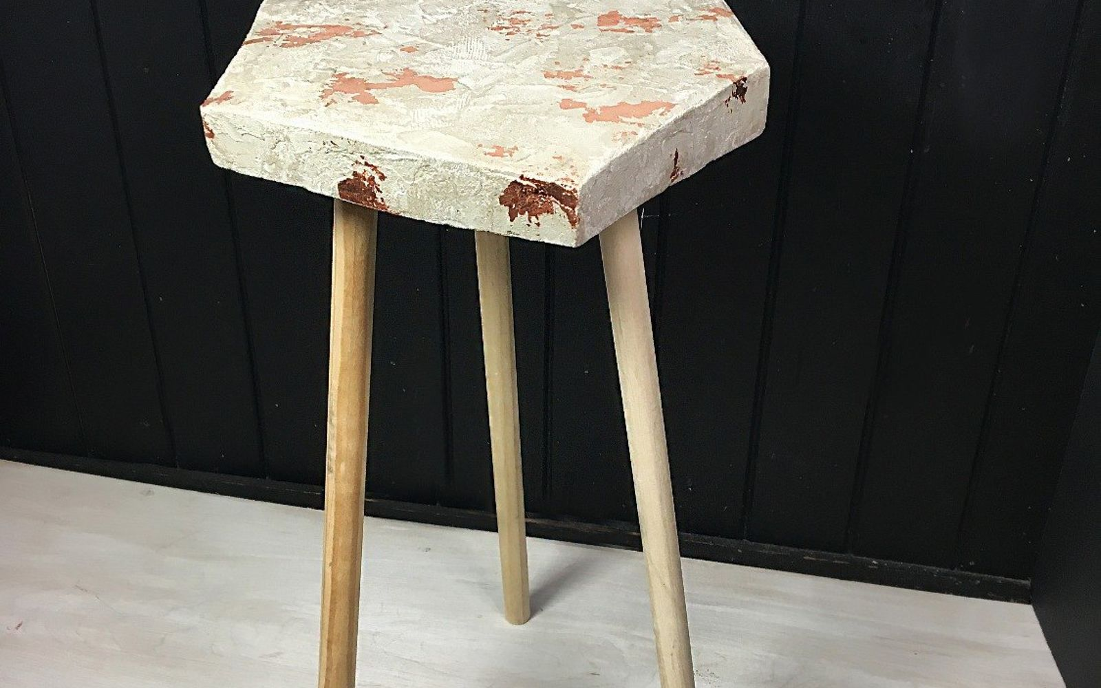 s 10 clever ways to use concrete for anything, Mix Up Cement For A Side Table