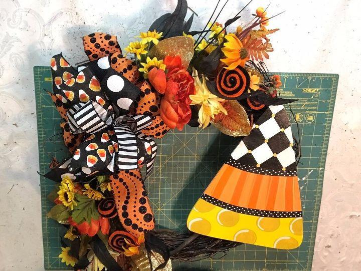 halloween candy corn wreath - Halloween Candy Wreath