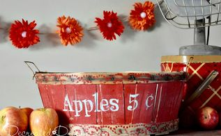use a doily to make the prettiest vintage inspired fall border