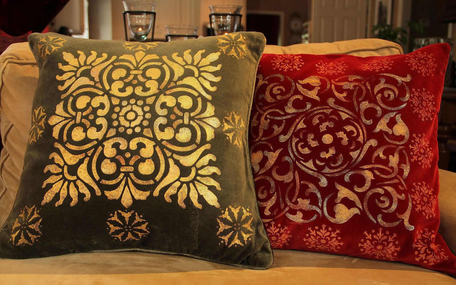 s 14 glamorous ways to upgrade your home using stencils, Stencil your pillows for the Holidays