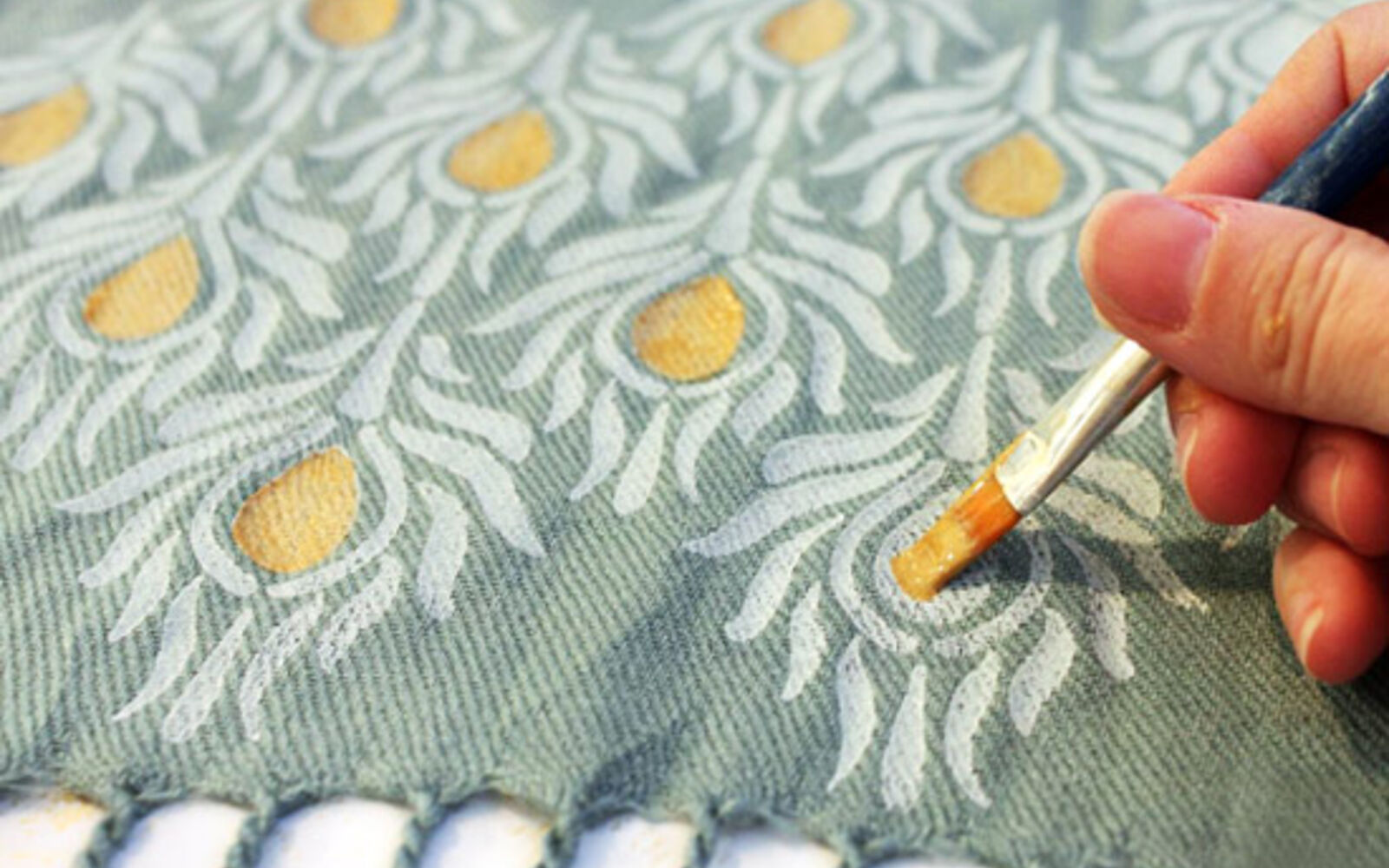 s 14 glamorous ways to upgrade your home using stencils, Make beautiful scarves to give as gifts