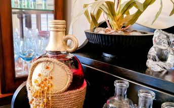 how to transform a wine jug into shabby chic beautiful