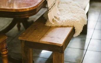 diy farmhouse bench for small spaces