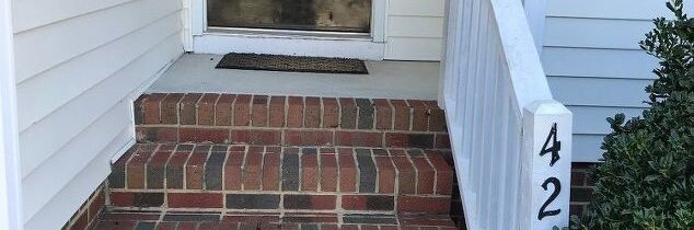q what can i do to help my small entryway