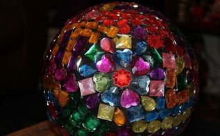 homemade gazing balls, repurposing upcycling, Finished product No glitter on this one