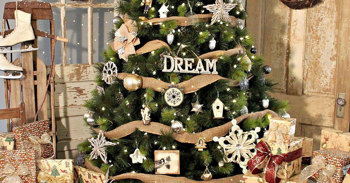 2013 39 Dreamy 39 Christmas Tree Reveal Hometalk
