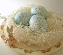 dyed and speckled eggs, crafts, easter decorations, seasonal holiday decor
