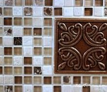 diy kitchen back splash the easy way, diy, kitchen backsplash, kitchen design, tiling, Close up shot of grouted tile with medallion