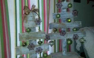 diy pallet trees, pallet projects, repurposing upcycling, seasonal holiday d cor, These are for a donation raffle