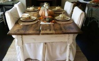 10 yard sale find antique farm table and fall tablescape, painted furniture, seasonal holiday decor, Not a bad table for 10 Check out the 20 Pottery Barn rug also a yard sale steal