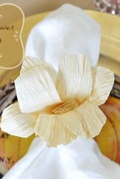 want to know how to make a corn husk flower napkin ring, crafts, thanksgiving decorations