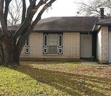 need advice on fixing the exterior of this fixer upper, curb appeal, landscape, painting