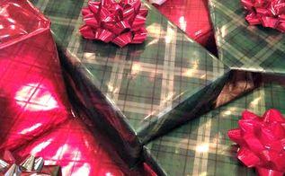 gift wrapping tips and tricks, seasonal holiday decor