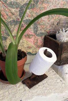repurposed vintage bathroom, bathroom ideas, cleaning tips, organizing, painting, repurposing upcycling, hinge toilet paper holder