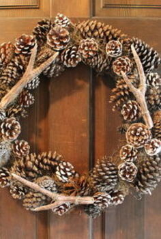 pottery barn faux antler wreath, crafts, seasonal holiday decor, wreaths, The completed wreath with the faux antlers and pinecones