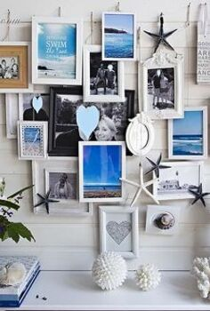 a different way to display your holiday pictures my summer mantel, fireplaces mantels, seasonal holiday d cor