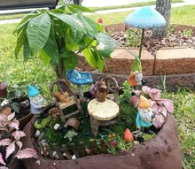 our gnome garden 2013, container gardening, gardening, Just a close up
