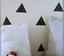 easy niche update diy triangle faux wallpaper, chalkboard paint, crafts, home decor, wall decor