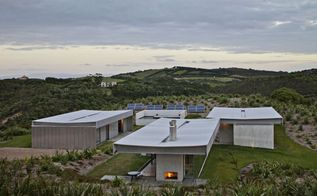 island residence on new zealand s waiheke island by penny hay and fearon hay, architecture, home decor