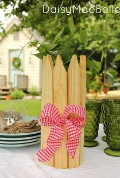 4 ways to decorate a plain vase for a garden party, crafts, outdoor living, Slip 12 pickets inside a rubber band and add a wired ribbon