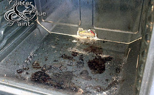 how to clean your oven, appliances, cleaning tips, This was my dirty oven when we moved in our house